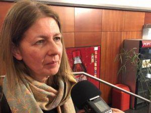 """Susanne Babila: """"Friedenskämpfer – Tübinger Ärztin unterstützt Nobelpreisträger im Kongo"""""""